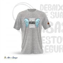 Camiseta Cristã - Debaixo suas asas estou seguro